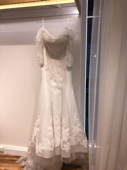 1 robe de mariée T40 en tulle broderie