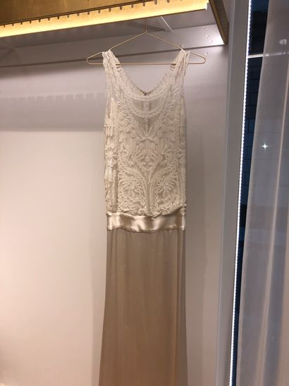 1 robe de mariée broderie