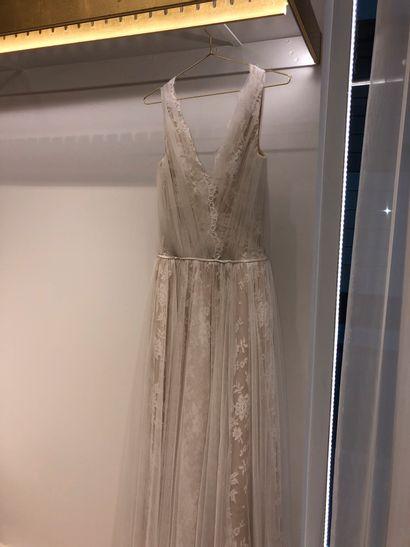 1 robe de mariée en tulle