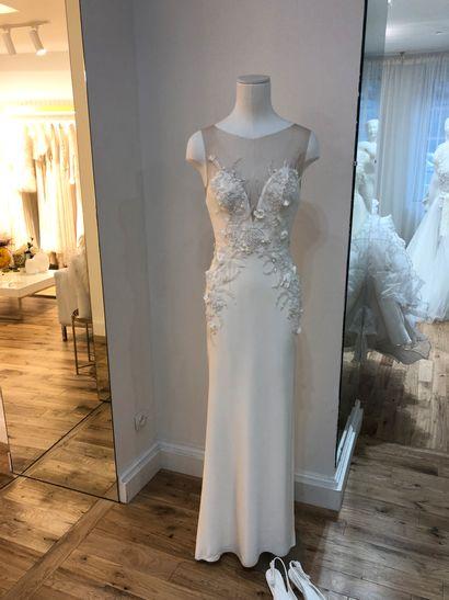 1 robe de mariée fleurs perles