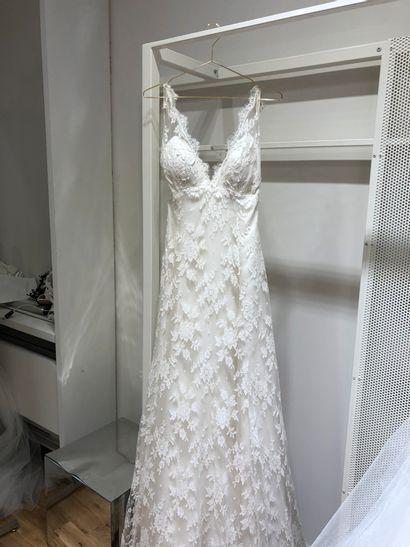 1 robe de mariée dentelle fleurie