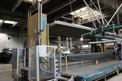 1 machine sous vide CARTIGLIANO type SV 5 CNT ( 70 x 30 ) N° 2419 - Année 2004