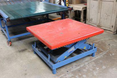 1 table élévatrice FRATELLI MECOLORADO type SP 1706 - Année 2005