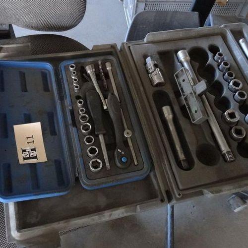 2 Coffrets clés à douilles (1 Facom, 1 Gibbs)