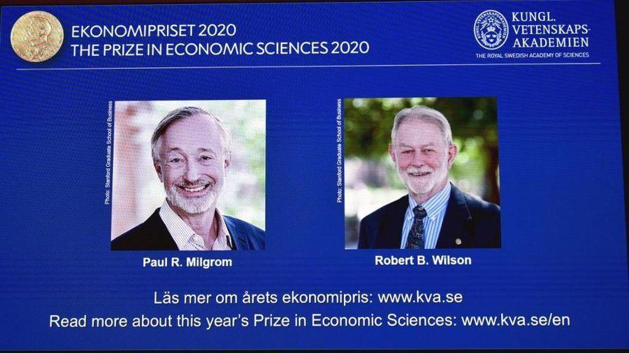 Prix Nobel d'économie : les ventes aux enchères, un outil politique