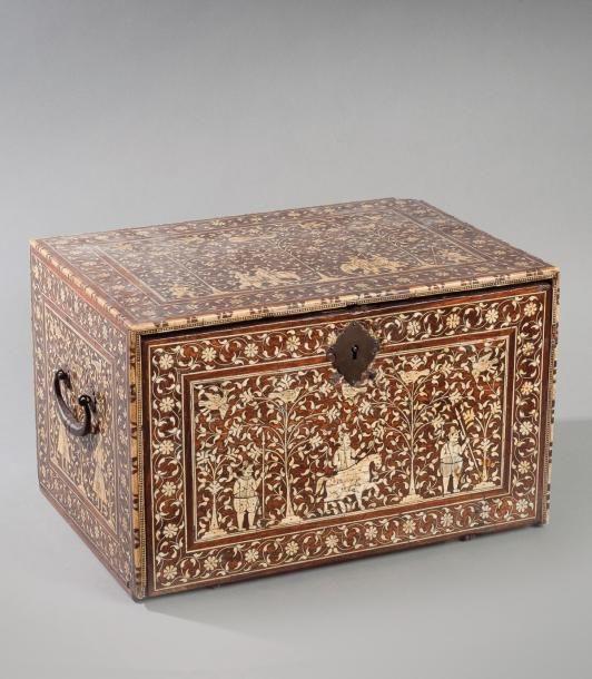 Art indo-portugais, moghol, bijoux et peintures...