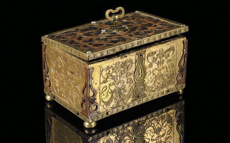 Un coffret du roi Louis XVI mis en vente à Versailles