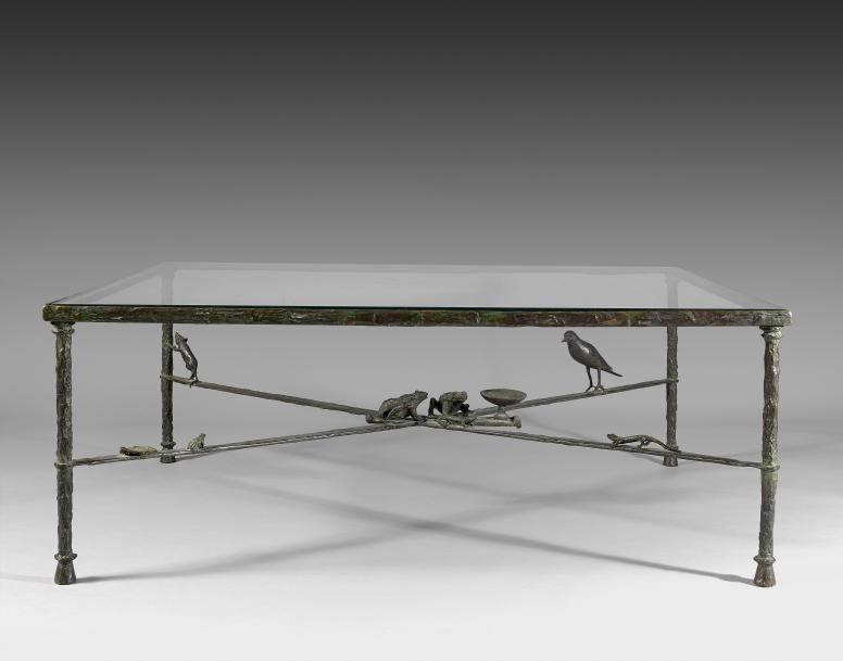 EXCEPTIONNELLE TABLE BASSE AUX CRAPAUDS AVEC RATON, PIGEON ET LEZARDS DE DIEGO GIACOMETTI