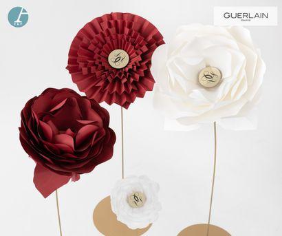 Guerlain s'engage pour la protection des abeilles avec la vente aux enchères par Ader E&P du mobilier de son siège.