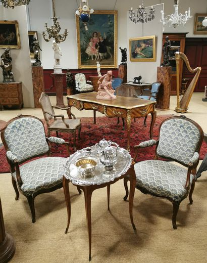 Luxury Auction onthe 25th April : The Exhibition stars on Thursday!