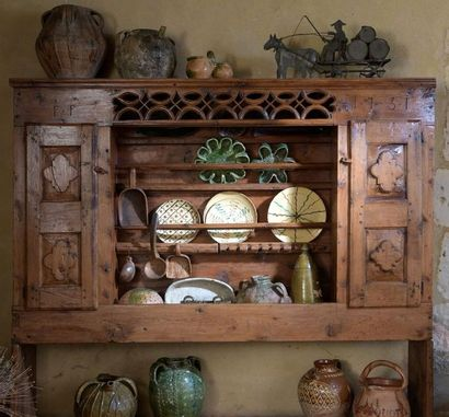 Un vaisselier du Queyras dans la vente d'art populaire