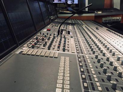 Teasing vente console studio 105