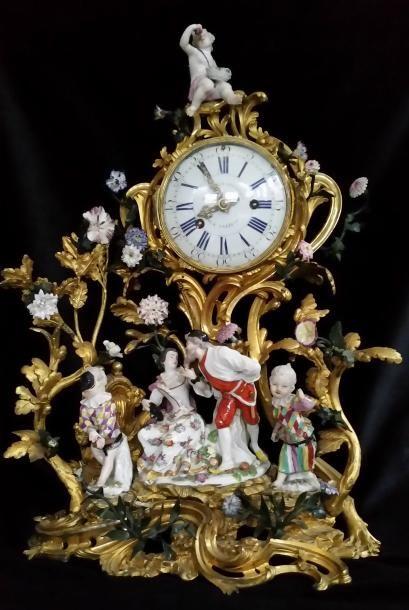 Une horloge entre Meissen et Paris