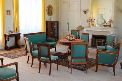 Entier mobilier du château de Chenevelle