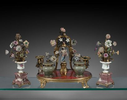 Verrerie et céramique anciennes - Ancienne collection de Madame Eleanor Post Close