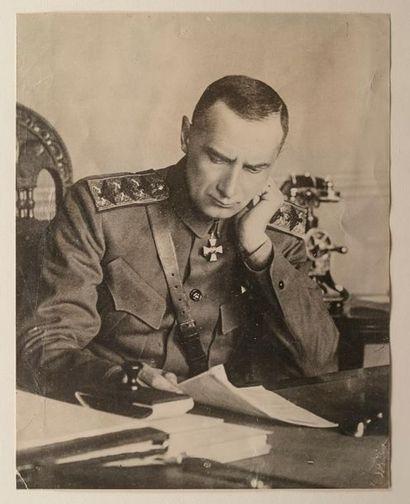 Révolution russe : 3 millions d'euros pour les archives de l'amiral Koltchak