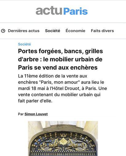 ► Portes forgées, bancs, grilles d'arbre : le mobilier urbain de Paris se vend aux enchères