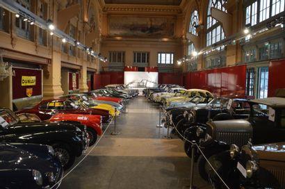 Automobiles de Prestige & de collection Automobilia