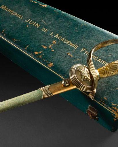 [Vidéo] Préemption des épées du Maréchal Juin, héros de la Seconde Guerre mondiale