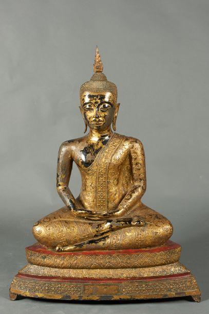 Thaïlande, début XXème siècle. Bouddha assis...
