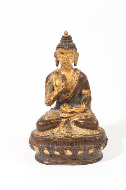 Tibet, XIXe siècle  Statuette en bronze de...