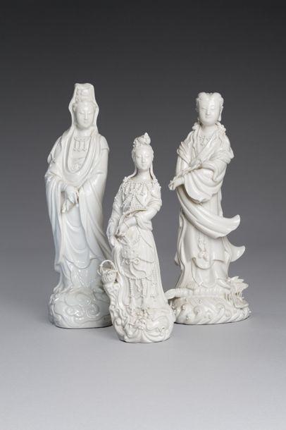 Chine, XXe siècle  Lot de trois sujets en...