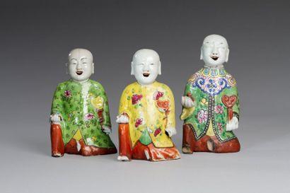 Chine, XIXe siècle  Lot de trois sujets en...