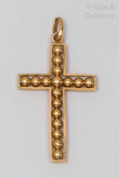 Pendentif «?Croix?» en or jaune ajouré à...