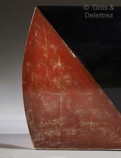 PIERRE LEGRAIN (1889-1929), attribué à Paire de tabourets de forme cubique à faces...