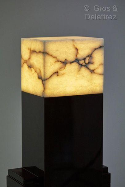 Paul FRANKL (1887-1958) attribué à Paire de colonnes éclairantes à fut moderniste...