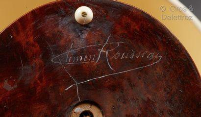 Clément ROUSSEAU (1872-1950) Lampe de chevet en ronce de noyer entièrement gainée...