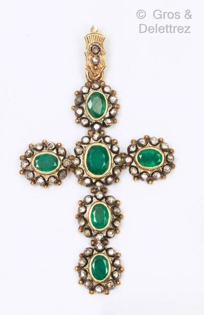 Importante « Croix » en or jaune et argent,...