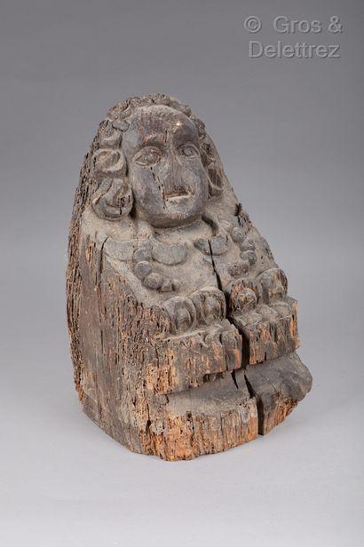 (Saint-Denis)Sculpture en bois monoxyle figurant...