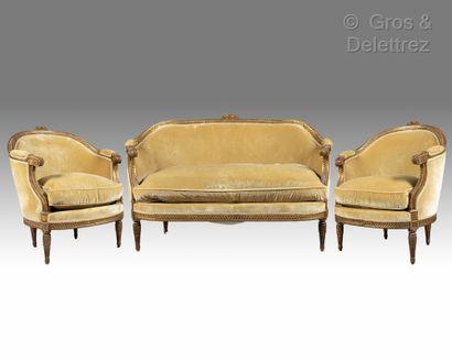 Mobilier de salon composé d'un canapé et...