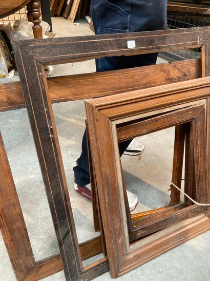 Lot de six cadres en bois plaqué  XIXe  En...