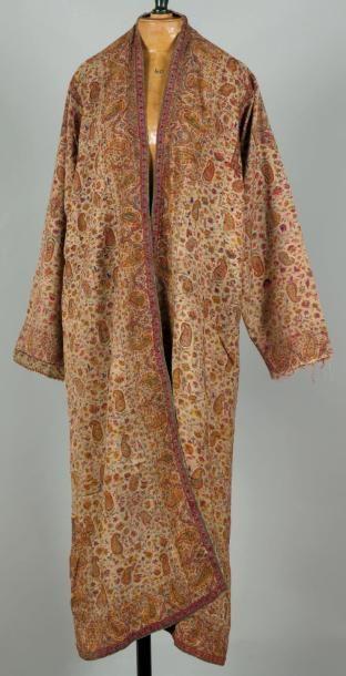 Un manteau d'homme, Manteau réalisé en cachemire...