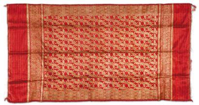 Une soierie du Gujerat, Ce textile est originaire...