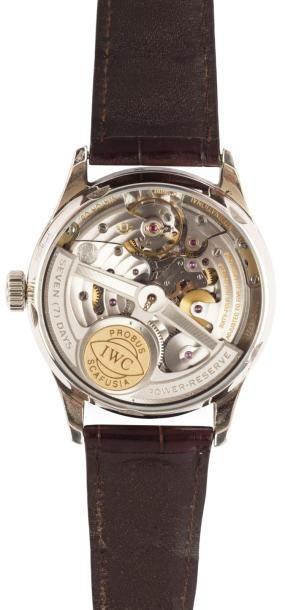 IWC PORTUGAISE QUANTIEME PERPETUEL n° 3178085 vers 2005 Belle montre bracelet à quantième...