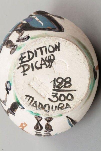 Pablo Picasso (1881-1973) Cavalier et Cheval, 1952 (A.R. 137) Pichet tourné, R.A.,...