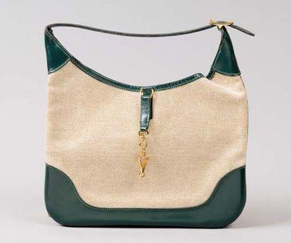 HERMES Paris made in france *Mini sac «Trim»...