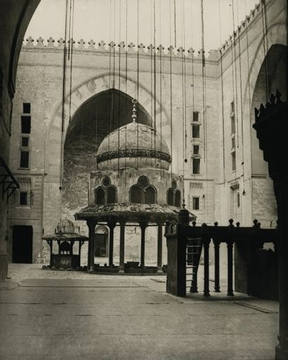 Adolphe Braun (1811-1877) Le Caire, c. 1870. Fontaine d'ablution de la mosquée Kaït-Bey....