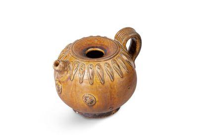 Verseuse en céramique et émail brun clair,...
