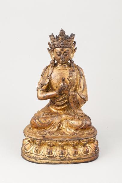 Chine, style Ming Sujet en bronze laqué doré,...