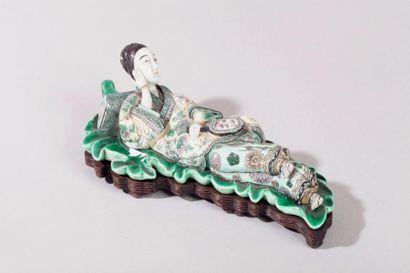 Chine, XIXe siècle Figurine en porcelaine...