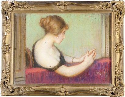 Jeune femme au théâtre Pastel, signé en bas...
