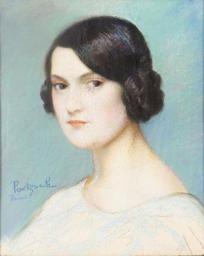 • Portrait de jeune femme  Pastel, signé...
