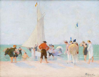 L'arrivée du voilier sur la plage à Deauville...