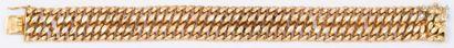 Bracelet gourmette en or jaune. Longueur:...