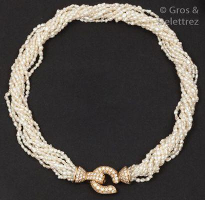 Collier de dix rangs de perles de culture,...