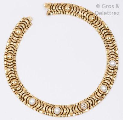 PIAGET - Collier en or jaune à maillons géométriques,...